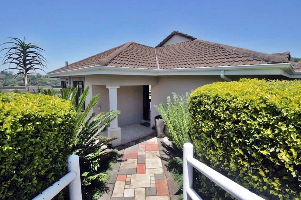 3 Bedroom Town House for Sale in Kloof KZN