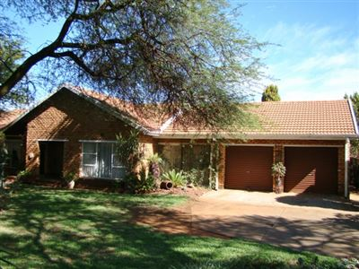 Klerksdorp, Doringkruin Property  | Houses For Sale Doringkruin, Doringkruin, House 3 bedrooms property for sale Price:1,080,000