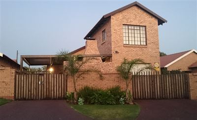 Witbank, Reyno Ridge & Ext Property  | Houses For Sale Reyno Ridge & Ext, Reyno Ridge & Ext, Townhouse 3 bedrooms property for sale Price:975,000
