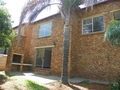 Townhouse for sale in Honeydew Ridge