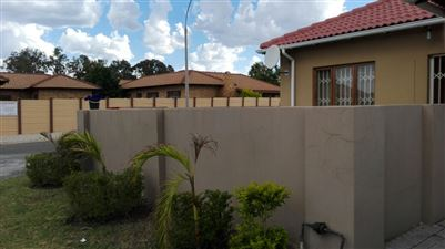 Rustenburg, Waterval East Property  | Houses To Rent Waterval East, Waterval East, Apartment 3 bedrooms property to rent Price:,  7,00*