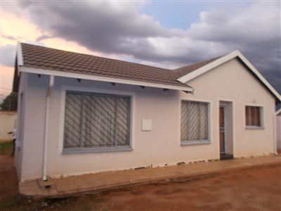 Johannesburg, Ormonde View Property  | Houses For Sale Ormonde View, Ormonde View, House 3 bedrooms property for sale Price:950,000