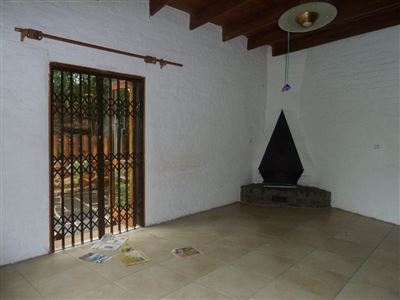 Hilton property to rent. Ref No: 13504124. Picture no 2