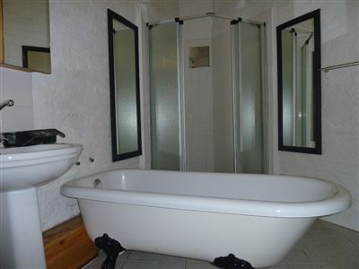 Hilton property to rent. Ref No: 13504124. Picture no 9