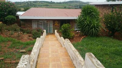 Laudium property for sale. Ref No: 13419212. Picture no 1