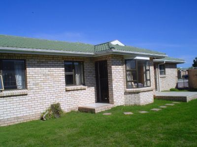 Port Elizabeth, Summerstrand Property  | Houses To Rent Summerstrand, Summerstrand, Townhouse 3 bedrooms property to rent Price:,  8,00*