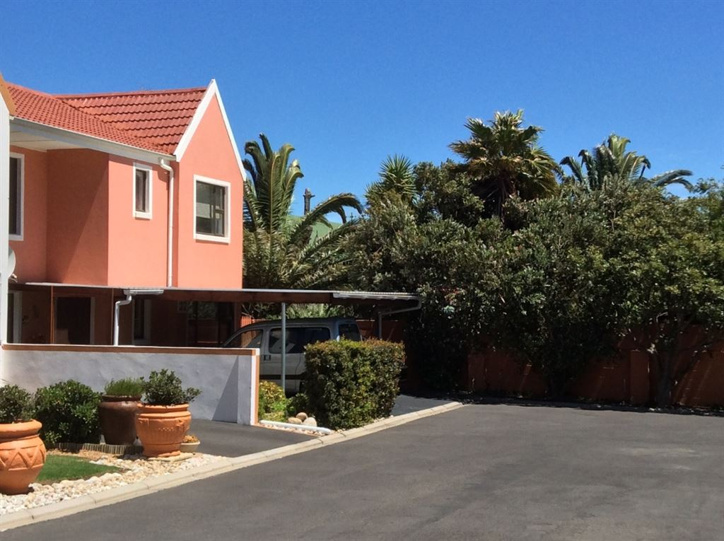 Double Storey Townhouse in a Gated Complex