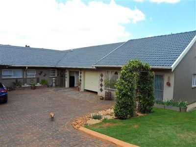 House for sale in Silverfields