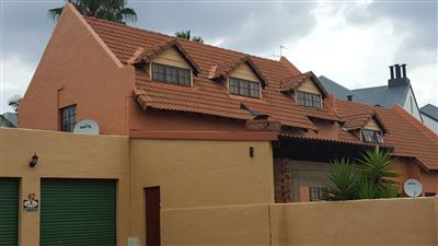 Pretoria, Equestria Property  | Houses For Sale Equestria, Equestria, Townhouse 4 bedrooms property for sale Price:1,650,000