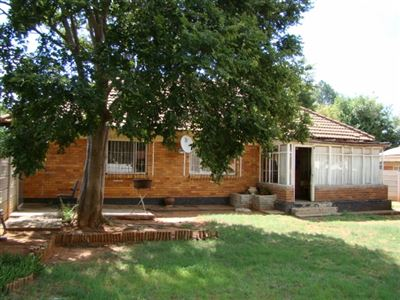 Stilfontein, Stilfontein Property  | Houses For Sale Stilfontein, Stilfontein, House 3 bedrooms property for sale Price:480,000