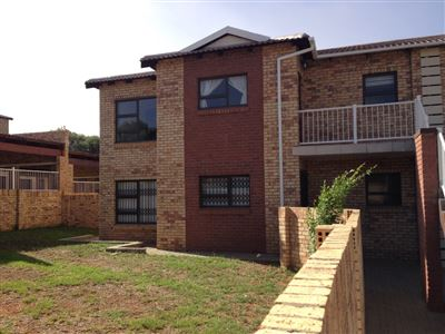 Bloemfontein, Lilyvale Property  | Houses For Sale Lilyvale, Lilyvale, Townhouse 3 bedrooms property for sale Price:1,017,600