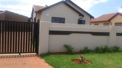 Boksburg, Dawn Park Property  | Houses For Sale Dawn Park, Dawn Park, House 3 bedrooms property for sale Price:650,000