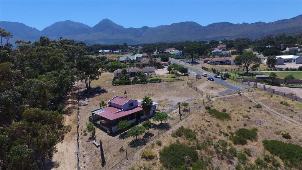Incredible Value, Huge Plot and in a Lifestyle Estate!