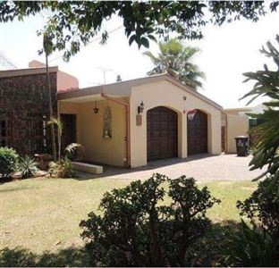 House for sale in Queenswood