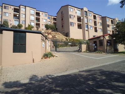Roodepoort, Wilro Park & Ext Property  | Houses For Sale Wilro Park & Ext, Wilro Park & Ext, Apartment 2 bedrooms property for sale Price:465,000
