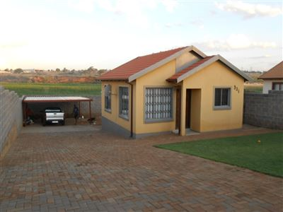 Roodepoort, Groblerpark & Ext Property  | Houses For Sale Groblerpark & Ext, Groblerpark & Ext, House 2 bedrooms property for sale Price:540,000
