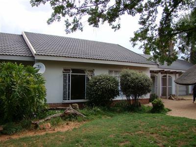 Klerksdorp, Doringkruin Property  | Houses For Sale Doringkruin, Doringkruin, House 3 bedrooms property for sale Price:925,000