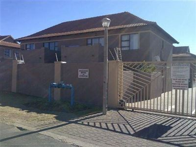 Alberton, New Market Property  | Houses For Sale New Market, New Market, Townhouse 2 bedrooms property for sale Price:720,000