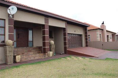 Witbank, Model Park & Ext Property  | Houses For Sale Model Park & Ext, Model Park & Ext, House 3 bedrooms property for sale Price:1,499,000