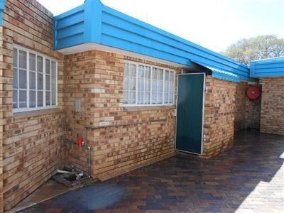 Parys property to rent. Ref No: 13512004. Picture no 21