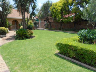Potchefstroom, Van Der Hoff Park & Ext Property  | Houses For Sale Van Der Hoff Park & Ext, Van Der Hoff Park & Ext, House 3 bedrooms property for sale Price:2,200,000