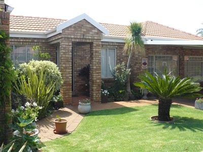 Pretoria, Montana Park & Ext Property  | Houses For Sale Montana Park & Ext, Montana Park & Ext, Townhouse 3 bedrooms property for sale Price:1,420,000