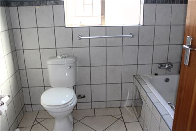 Middedorp property for sale. Ref No: 3234673. Picture no 6