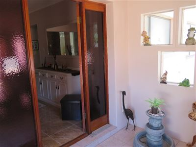 Myburgh Park property for sale. Ref No: 13430451. Picture no 11