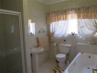 Myburgh Park property for sale. Ref No: 13430451. Picture no 16