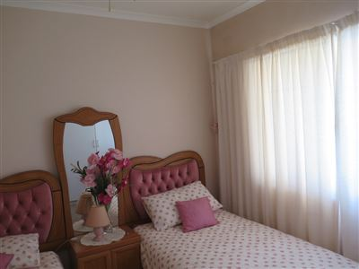 Myburgh Park property for sale. Ref No: 13430451. Picture no 19