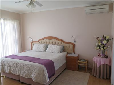 Myburgh Park property for sale. Ref No: 13430451. Picture no 28