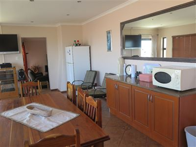 Myburgh Park property for sale. Ref No: 13430451. Picture no 37