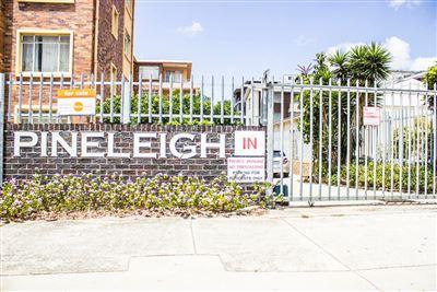 Port Elizabeth, St Georges Park Property  | Houses For Sale St Georges Park, St Georges Park, Apartment 2 bedrooms property for sale Price:630,000