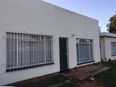 Klerksdorp, Meiringspark Property  | Houses To Rent Meiringspark, Meiringspark, Apartment 1 bedrooms property to rent Price:,  1,50*