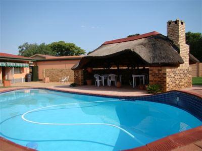 Stilfontein, Stilfontein Property    Houses For Sale Stilfontein, Stilfontein, House 3 bedrooms property for sale Price:900,000