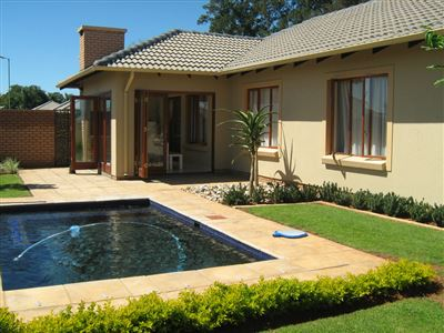 Pretoria, Equestria Property  | Houses For Sale Equestria, Equestria, Cluster 3 bedrooms property for sale Price:2,450,000