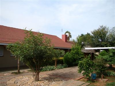 Klerksdorp, Flamwood Property  | Houses For Sale Flamwood, Flamwood, House 3 bedrooms property for sale Price:800,000