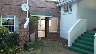 Grahamstown Cbd property to rent. Ref No: 13431521. Picture no 2