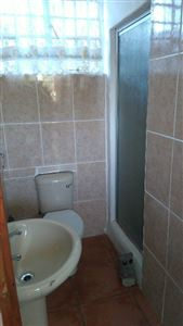 Grahamstown Cbd to rent property. Ref No: 13431526. Picture no 7