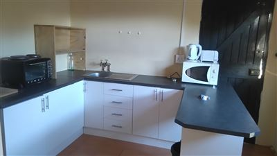 Grahamstown Cbd to rent property. Ref No: 13431526. Picture no 9