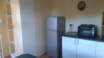Grahamstown Cbd property to rent. Ref No: 13431526. Picture no 13