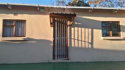 Grahamstown Cbd property to rent. Ref No: 13431526. Picture no 15