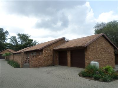 Pretoria, Equestria Property  | Houses To Rent Equestria, Equestria, Townhouse 2 bedrooms property to rent Price:,  8,00*