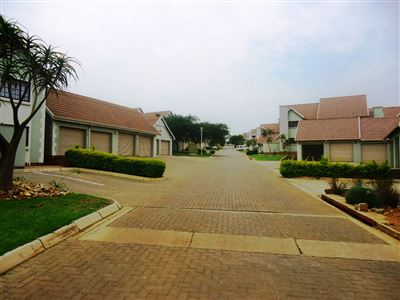 Pretoria, Olympus Ah Property  | Houses For Sale Olympus Ah, Olympus Ah, Townhouse 2 bedrooms property for sale Price:820,000
