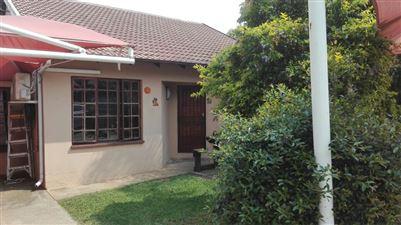 Geelhoutpark property for sale. Ref No: 13433718. Picture no 1