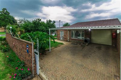 Krugersdorp, Mindalore & Ext Property  | Houses For Sale Mindalore & Ext, Mindalore & Ext, Townhouse 3 bedrooms property for sale Price:870,000