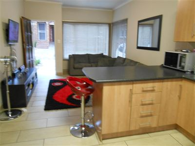 Roodepoort, Groblerpark & Ext Property  | Houses For Sale Groblerpark & Ext, Groblerpark & Ext, Townhouse 3 bedrooms property for sale Price:670,000
