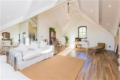 Franschhoek property for sale. Ref No: 13394047. Picture no 12