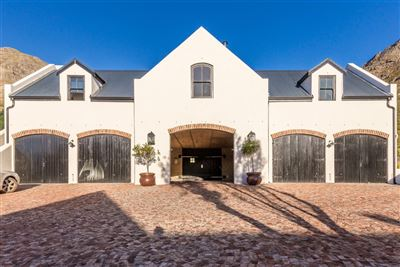 Franschhoek property for sale. Ref No: 13394047. Picture no 26