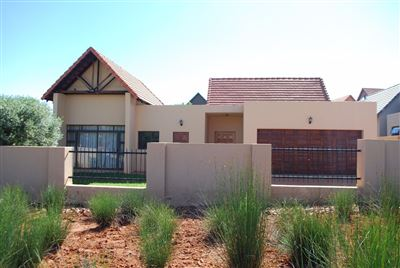 Hartbeespoort, Leloko Property  | Houses For Sale Leloko, Leloko, House 2 bedrooms property for sale Price:1,436,000